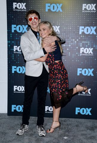 File:Upfronts 2017 Natalie Alyn Lind and Percy Hynes White.jpg