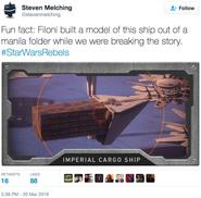 Vaisseau cargo modèle en papier kraft