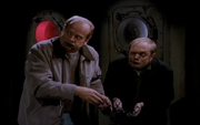 Wikia Frasier - The brothers consuming the evidence