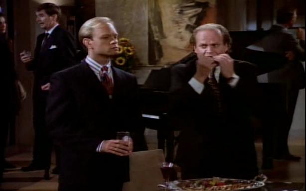 File:Wikia Frasier - Frasier 'fixes' the finger food.png