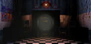 FNaF2 - Office (Golden Freddy - Pasillo)