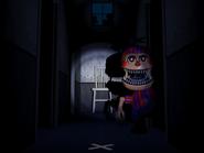 FNaF4 - Pasillo central (Nightmare BB escondiéndose muy cerca - puerta derecha)