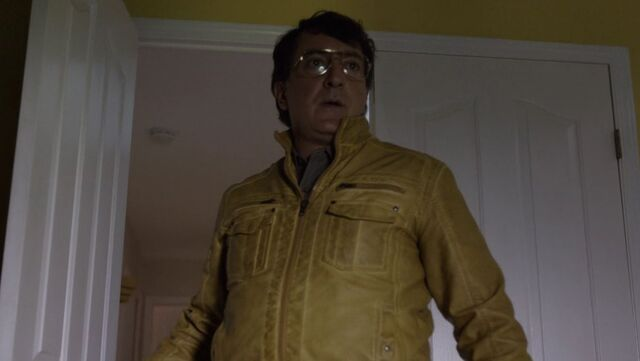 File:The Man in the Yellow Jacket.JPG