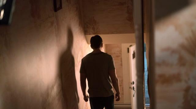 """Beyond 2x01 Sneak Peek 1 """"FBI Meets with Tom and Diane"""" (HD) Season 2 Episode 1 Preview"""