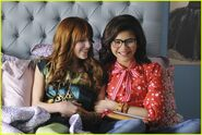 New-Frenemies-Pics-frenemies-27524014-500-334