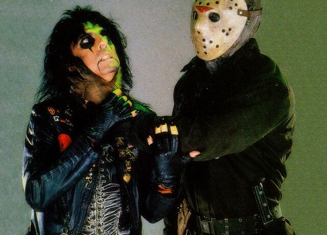 File:Alice-Cooper-and-Jason-Voorhees-horror-movies-7262738-1024-768.jpg
