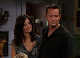 Monica & Chandler (9x08)