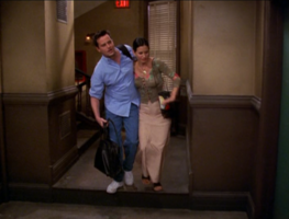 Chandler and Monica (6x01)