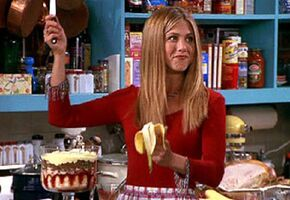 Friends-Rachel & her trifle in S E The One Where Ross Gets High