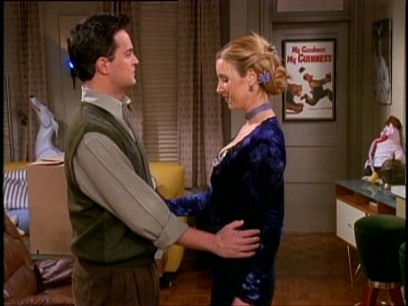 Did Phoebe And Ross Hook Up