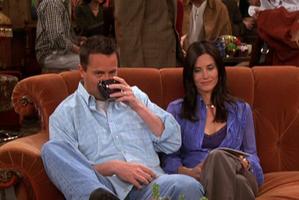 Monica & Chandler (9x20)