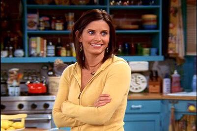 Monica yellow sweatshirt