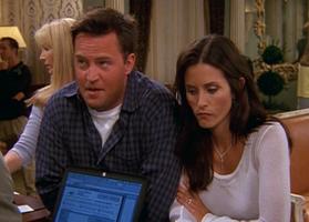 Chandler&Monica-8x02