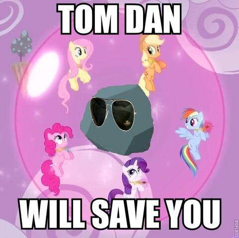 File:Tom.jpg