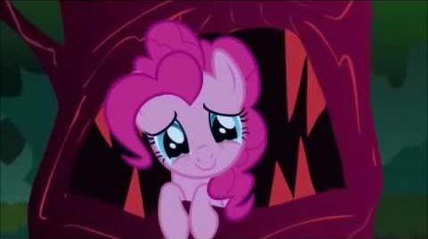 MLP FiM Giggle at the Ghostly