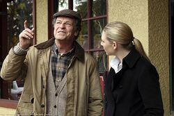 Fringe 2x11 Still 002