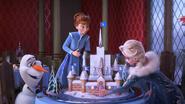 Olaf , Anna , Elsa
