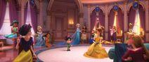 Princesas-Disney-reunidas-en-Ralph-el-demoledor-2-16