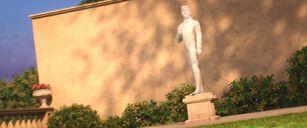 Big Hero 6 Hans statue