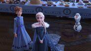 Anna , Elsa , Olaf