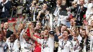 Fulham 1-0 Aston Villa (Celebration)