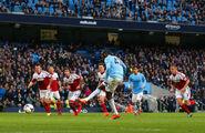 Man City 5-0 Fulham (Toure 1st goal)