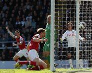 Fulham 0-1 Arsenal (Mertesacker goal)