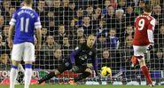 Everton 4-1 Fulham (Berbatov goal)