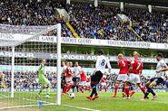 Tottenham 3-1 Fulham (Paulinho goal)