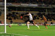 Wolves 3-3 Fulham (van La Parra goal)