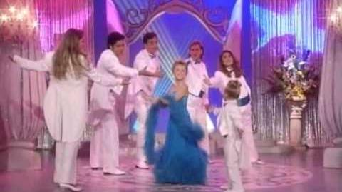 She's Dancing, She's Stephanie Tanner Full House