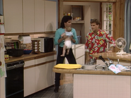 John Stamos, Dave Coulier and Mary-Kate or Ashley Olsen3 - Full House,S1 - Our Very First Show