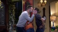 Fuller House S01E10 Screenshot 001