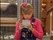 Stephanie-reading-a-letter-from-Rusty