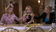 Fuller House S01E09 Screenshot 008