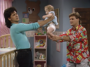 John Stamos, Dave Coulier and Mary-Kate or Ashley Olsen - Full House,S1 - Our Very First Show