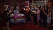 Fuller House S01E07 Screenshot 005