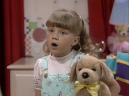 Jodie Sweetin as Stephanie Tanner - Full House,S1 - Our Very First Show