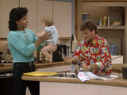 John Stamos, Dave Coulier and Mary-Kate or Ashley Olsen9 - Full House,S1 - Our Very First Show