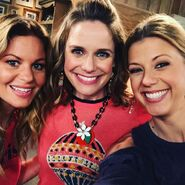 DJ, Kimmy and Stephanie Fuller House season 3
