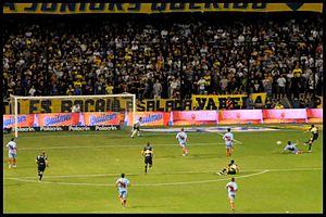 300px-Boca Arsenal 2010