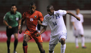 Copa centroamericana 2013 belice honduras 1