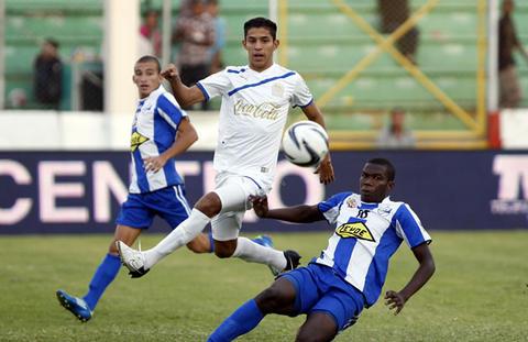 File:Liga nacional 2012 13 olimpia victoria 3.jpg