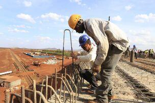 Строительство военной базы в Гамбии