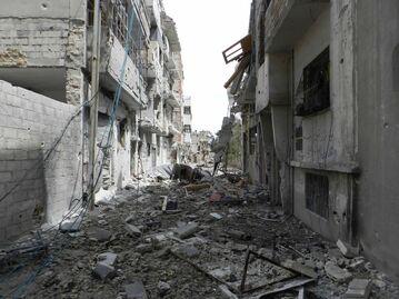 Destruction in Homs 4