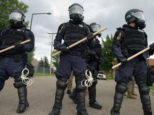Riot-police 9-2-08