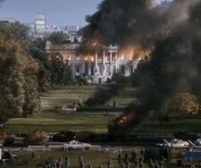 White-house-down-trailer-clear