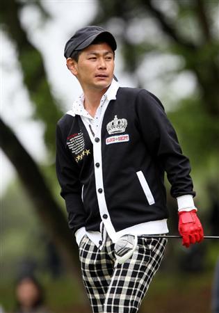 File:Endo golfing.jpg
