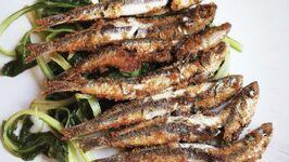 Pan-fried-anchovies-ay4a3354 horiz