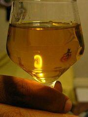 225px-Eit glas akevitt